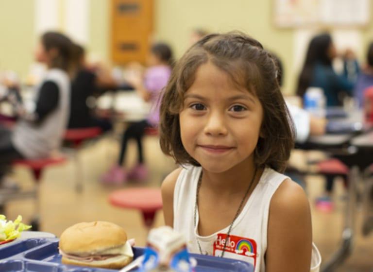 Unsere Geldreserve für Nahrungsmittel in 2020 macht unsere Kinder stark auf allen Ebenen: Geist, Körper, Herz und Seele