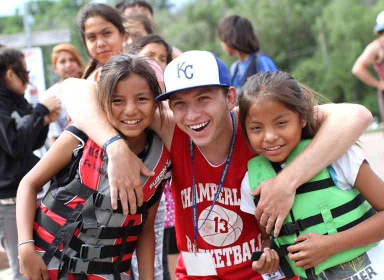 Der Sommer an der St. Josefs Indianerschule beginnt wunderbar